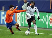 Fotball , 24. oktober 2007 , UEFA Champions League Rosenborg - Valencia 2-0 , <br /> Yssouf kone , Rosenborg og Jaime Gavilan , Valencia