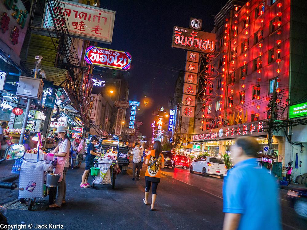 29 DECEMBER 2012 - BANGKOK, THAILAND: Yaowarat Road in Samphanthawong district in the Chinatown area of Bangkok, Thailand.   PHOTO BY JACK KURTZ