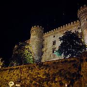ITA/Bracchiano/20061118 - Huwelijk Tom Cruise en Katie Holmes, prachtig verlichte kasteel van Bracchiano s'avonds