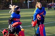 BILTHOVEN -  Hoofdklasse competitiewedstrijd dames, SCHC v hdm, seizoen 2020-2021.<br /> Foto: Keeper Marsha Zwezereijn (SCHC) en keeper Alexandra Heerbaart (SCHC)