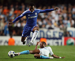 28.09.2010, Stamford Bridge, London, ENG, UEFA Champions League, Chelsea vs Olympique Marseille, im Bild .OM's Andre Ayew  tackles Daniel Sturridge of Chelsea    during the Match Chelsea v Marseille, Group F, of  the UCL ( Uefa Champions League Group stages)  at Stamford Bridge in London. EXPA Pictures © 2010, PhotoCredit: EXPA/ IPS/ Marcello Pozzetti +++++ ATTENTION - OUT OF ENGLAND/UK +++++ / SPORTIDA PHOTO AGENCY