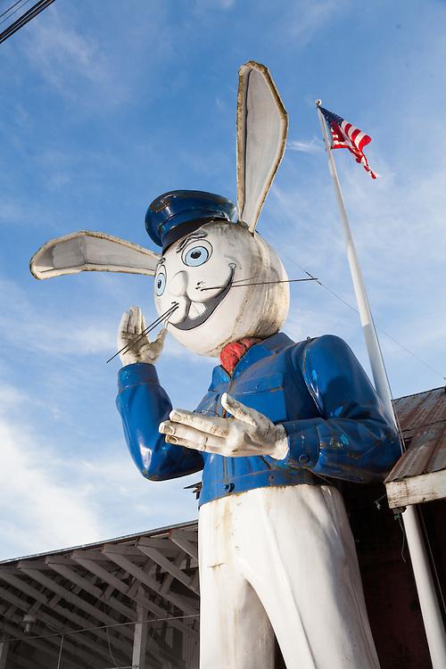 Harvey Marine Rabbit, Harvery Maine, Hillsboro Oregon