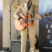 NL/Bloemendaal/20200702 - Boekpresentatie Bonuskind van Saskia Noort, Danny Vera