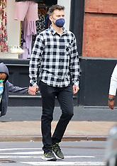 Joshua Jackson new hairdo in New York - 12 May 2021