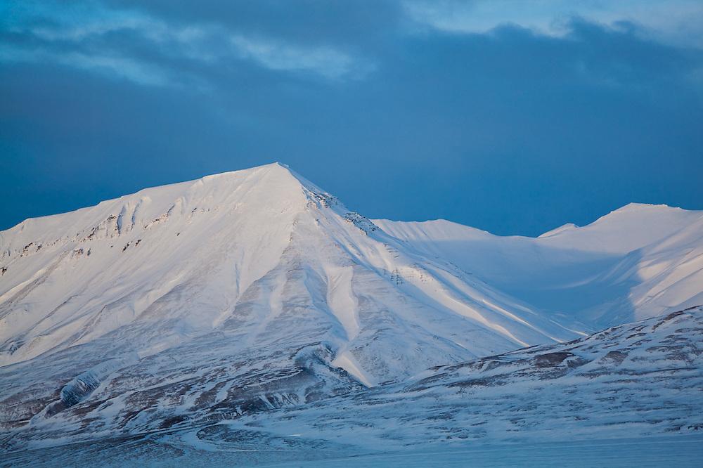 Last light on Bassen, Svalbard