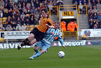 Photo: Kevin Poolman.<br />Wolverhampton Wanderers v Coventry City. Coca Cola Championship. 08/04/2006. Wolves' Maurice Ross (L) and Gary McSheffrey go in for a tackle.