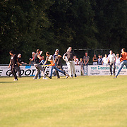 Zuidvogels - Roda JC, vechtpartij supporters