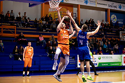 Miroslav Pasajlic of KK Helios Suns and Zan Kosic of KK Rogaska during basketball match between KK Helios Suns and KK Rogaska in ABA League Second division, on October 31, 2018 in Sports hall Domzale, Domzale, Slovenia. Photo by Urban Urbanc / Sportida