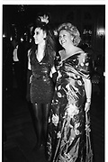 Tamara Beckwith. Mrs Richard Walduck Berkeley Dress Show Savoy 10/4/89. © Copyright Photograph by Dafydd Jones 66 Stockwell Park Rd. London SW9 0DA Tel 020 7733 0108 www.dafjones.com
