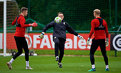 CARDIFF, WALES - Monday, October 15, 2018: Wales' goalkeeping coach Tony Roberts during a training session at the Vale Resort ahead of the UEFA Nations League Group Stage League B Group 4 match between Republic of Ireland and Wales. (Pic by David Rawcliffe/Propaganda)