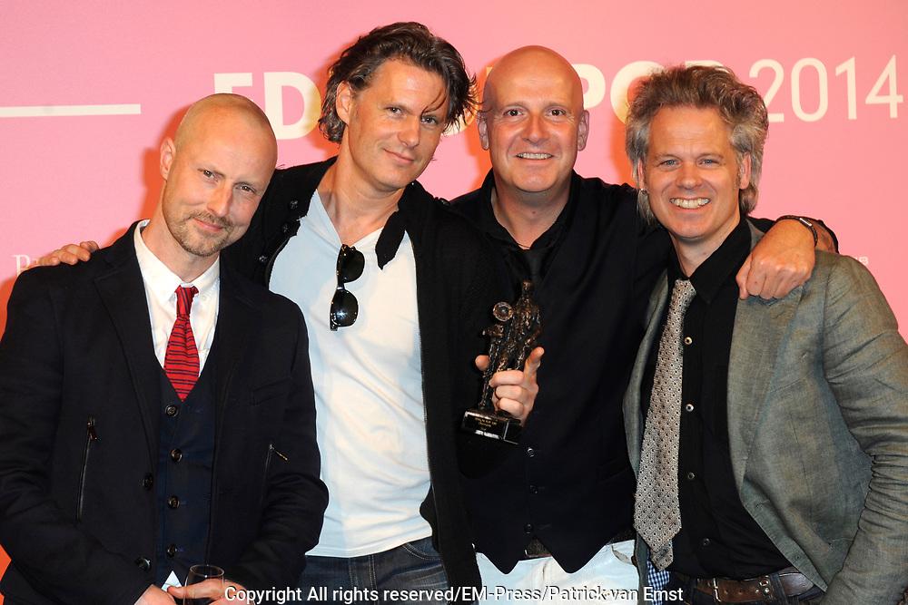 Uitreiking van de Edison POP 2014 awards in de The Harbour Club, Amsterdam<br /> <br /> Op de foto:  Blof met de Edison oeuvreprijs  - Paskal Jakobsen , Bas Kennis , Peter Slager , <br /> Norman Bonink