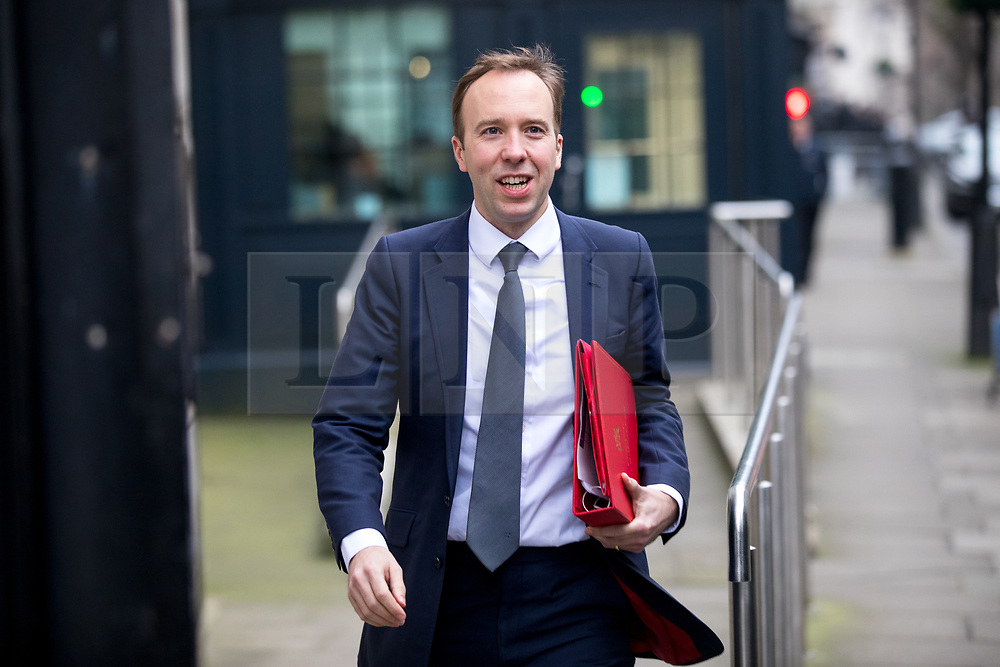 © Licensed to London News Pictures. 09/01/2018. London, UK. Secretary of State for Digital, Culture, Media and Sport Matt Hancock leaving Downing Street after attending a Cabinet meeting this morning. Yesterday British Prime Minister Theresa May reshuffled her cabinet, appointing some new ministers. Photo credit : Tom Nicholson/LNP