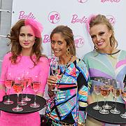 NLD/Amsterdam/20120308 - BN' ers ontwerpen kleding voor Barbie, Danie Bles met Barbie modellen