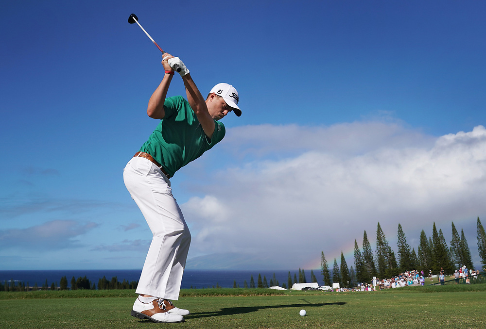 LAHAINA, HI - JANUARY 07:  Justin Thomas of the United States plays his shot from the first tee during the final round of the Sentry Tournament of Champions at Plantation Course at Kapalua Golf Club on January 7, 2018 in Lahaina, Hawaii.  (Photo by Gregory Shamus/Getty Images)