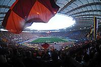 """Panoramica dello stadio olimpico tutto esaurito<br /> Roma 27/3/2010 Stadio """"Olimpico""""<br /> Roma Inter<br /> Campionato Italiano di Calcio Serie A 2009/2010<br /> Foto Luigi Avvisati Insidefoto"""