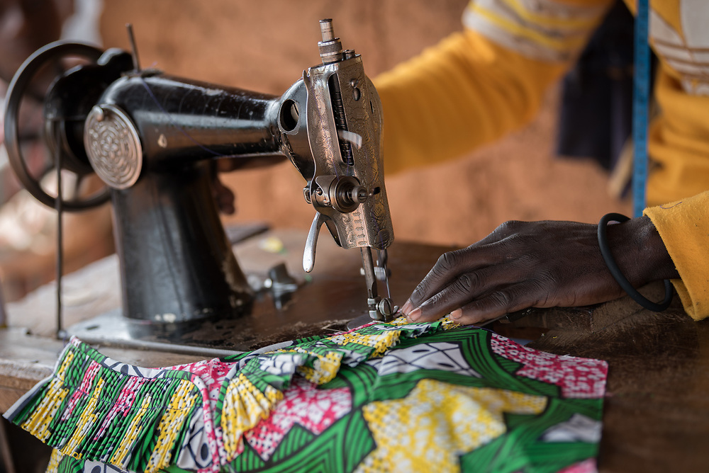 3 June 2019, Djohong, Cameroon: 36-year-old CAR refugee Amora Paul has been a tailor for 12 years. Today, he lives in the Borgop refugee camp, where he acts as instructor for young people as part of a vocational training initiative by the Lutheran World Federation, setting out to help CAR refugees find ways towards making an income. Amora Paul has trained a total of 13 young tailors, besides running his own shop full time. The Borgop refugee camp is located in the municipality of Djohong, in the Mbere subdivision of the Adamaoua regional state in Cameroon. Supported by the Lutheran World Federation since 2015, the camp currently holds 12,300 refugees from the Central African Republic.