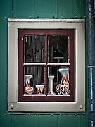 Still life in a window, Boek in Waterland.