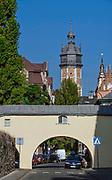 Ulica Skałeczna, w tle wieża kościoła Bożego Ciała, Kraków, Polska<br /> Skałeczna Street, in the background tower of Corpus Christi Church, Cracow, Poland