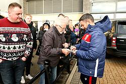 Bristol City head coach Lee Johnson arrives at Pride Park Stadium for the Sky Bet Championship game against Derby County - Mandatory by-line: Robbie Stephenson/JMP - 22/12/2018 - FOOTBALL - Pride Park Stadium - Derby, England - Derby County v Bristol City - Sky Bet Championship