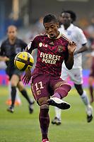 FOOTBALL - FRENCH CHAMPIONSHIP 2010/2011 - L1 - AJ AUXERRE v OLYMPIQUE LYONNAIS - 11/05/2011 - PHOTO GUY JEFFROY / DPPI - MICHEL BASTOS (OL)