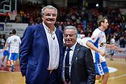 DESCRIZIONE : Varese Lega A 2015-16 Openjobmetis Varese Dinamo Banco di Sardegna Sassari<br /> GIOCATORE : Romeo Sacchetti<br /> CATEGORIA : Allenatore Coach<br /> SQUADRA : Dinamo Banco di Sardegna Sassari<br /> EVENTO : Campionato Lega A 2015-2016<br /> GARA : Openjobmetis Varese - Dinamo Banco di Sardegna Sassari<br /> DATA : 27/10/2015<br /> SPORT : Pallacanestro<br /> AUTORE : Agenzia Ciamillo-Castoria/M.Ozbot<br /> Galleria : Lega Basket A 2015-2016 <br /> Fotonotizia: Varese Lega A 2015-16 Openjobmetis Varese - Dinamo Banco di Sardegna Sassari