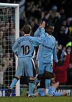 Fotball<br /> FA Cup England 2004/2005<br /> 3. runde<br /> 08.01.2005<br /> Foto: SBI/Digitalsport<br /> NORWAY ONLY<br /> <br /> Coventry City v Crewe Alexandra<br /> <br /> Coventry's Stern John (R) celebrates scoring his side's second goal on the stroke of half time with Gary McSheffrey, who scored the first goal.