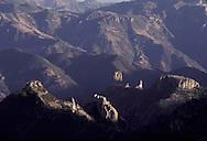 "The canyon del Cobre is bigger than the Colorado..The train ""Chihuahua al Pacifico""..crossing the Sierra Madre    Mexico    ..  ..Le canyon des Cobre est plus grand que celui du Colorado..le train Chihuahua Al Pacifico traverse la Sierra Madre    Mexique  ..R00040/17    L0007361  /  R00040  /  P0003444"
