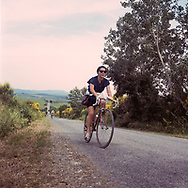 About the 15 % of partecipants are women. On May 27, 2018 the second edition od the Eroica went of, the Eroica is a bicycle race where only bikes berore 1985 can partecipate. Cyclists must wear vintage cloths and the road are often on gravel. It's a non competitive race, but fatigue and sweat are real. Federico Scoppa