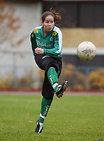 Kristina Kiss, Fløya.<br /> <br /> Fotball: Kolbotn - Fløya 1-2. Toppserien 2004. 23. oktober 2004. (Foto: Peter Tubaas/Digitalsport).