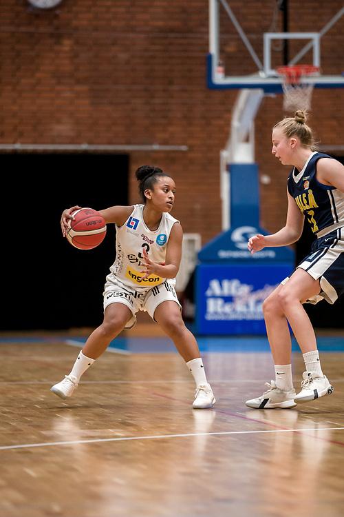 ÖSTERSUND 20200119<br /> Östersunds Sinit Tesfaslassie under söndagens match i Basketettan mellan Östersund Basket och RIG Liuleå i Östersunds Sporthall.<br /> <br /> Foto: Per Danielsson/Projekt.P