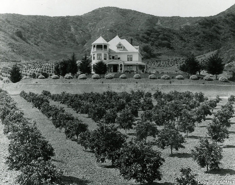 1905 C.F. Harper's home located just west of Laurel Canyon near west end of Hollywood Blvd.