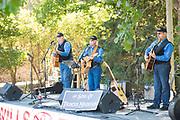 Live outdoor music, Ritter Island, Thousand Springs Art Festival, Hagerman, Idaho.
