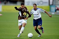 Fotball , 3. oktober 2015 ,   Eliteserien , Tippeligaen <br /> Mjøndalen - Stabæk <br /> Yassine Ghanassy  , Stabæk<br /> Erik Hurtado , MIF