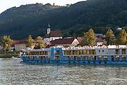 Kreuzfahrtschiff auf der Donau, Engelhartszell, Oberösterreich, Österreich | cruise ship on Danube, Engelhartszell, Austria