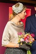 Koningin Maxima bij de opening van de tentoonstelling Anna Paulowna, kleurrijke koningin in Paleis Het Loo. Dit jaar is het tweehonderd jaar geleden dat Anna Paulowna met de latere Koning Willem II trouwt en naar Nederland komt.<br /> <br /> <br /> Queen Maxima at the opening of the exhibition Anna Pavlovna, colorful queen at Het Loo Palace. This year marks the two hundredth anniversary of Anna Pavlovna with the future King William II marries and goes to the Netherlands.
