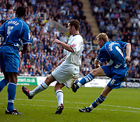 Photo: Alan Crowhurst.<br />Reading v Leeds Utd. Coca Cola Championship.<br />29/10/2005. Brynjar Gunnarsson (R) scores the opening goal for Reading.