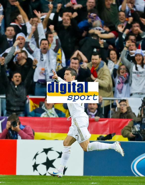 Bildnummer: 10452637  Datum: 25.04.2012  Copyright: imago/ActionPictures<br /> Cristiano RONALDO , Real 7 jubelt nach dem Tor zum 2-0 Jubel, Freude, Emotionen, Feiern, Lachen, jubelt, freuen, reisst die Arme hoch, ballt die Faust Fans, Fussballfans, supporters, spectators, Zuschauer REAL MADRID - FC BAYERN MÜNCHEN 3-4 n.E. Fussball UEFA Champions League, Halbfinale Rueckspiel, Madrid, 25.04.2012 CL Saison 2011/2012, FCB, RM, Muenchen ; Fussball Champions League EC 1 2011 2012 x0x xkg 2012 hoch Aufmacher premiumd german spain muenchner fcb international wettkampf Fussball Auswaertstrikot soccer football Estadio Santiago Bernabeu Stadion saison 2011 / 2012 Rückspiel Halbfinale Champions league CL Fussball Herren Maenner die Königlichen <br /> <br /> Image number 10452637 date 25 04 2012 Copyright imago ActionPictures Cristiano Ronaldo Real 7 cheering After the goal to 2 0 cheering happiness Emotions celebrate Laughing cheering Look forward tears The Arms vertical ballt The fist supporters Football fans Supporters spectators Spectators Real Madrid FC Bavaria Munich 3 4 n E Football UEFA Champions League Semi-finals Rueckspiel Madrid 25 04 2012 CL Season 2011 2012 FCB RM Munich Football Champions League EC 1 2011 2012 x0x xkg 2012 vertical Highlight premiumd German Spain Muenchner FCB International Competition Football Jersey Soccer Football Estadio Santiago Bernabeu Stadium Season 2011 2012 Return match Semi-finals Champions League CL Football men Men The King