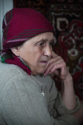 Nina Prokopenko looks after her husband Ivan in their small apartment in Debaltsevo. In February their neighbourhood was the scene of fierce fighting and they struggled to survive four days of continuous shelling that destroyed the roof of their apartment block and set fire to parts of the building. Trapped inside, they endured the horrors which have left them both traumatised and Ivan depressed to the point of being unable to go outside or take care of himself. Dr Svetlana Niekurasa, working with the MSF home visits team has returned to visit Nina and Ivan for a second time to check up on his condition and to bring medication which is unavailable in the city since the conflict began.