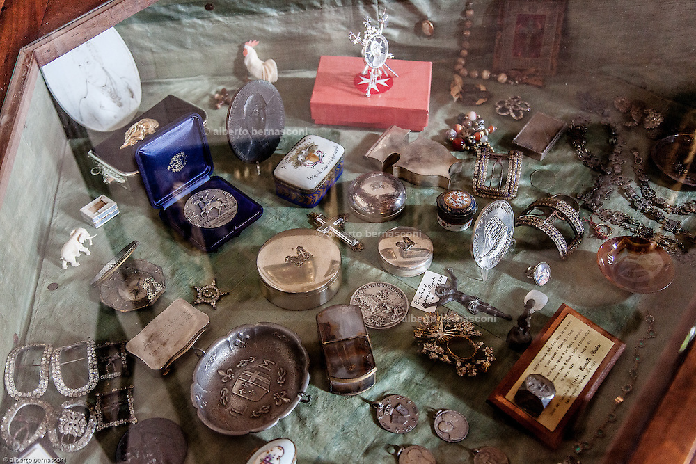 Italy, Rapallo, Fra' Robert Matthew Festing OBE (born 30 November 1949) is an English religious figure, friar, and the 79th Prince and Grand Master of the Sovereign Military Order of Malta. miscellaneous object collection in the drawning room