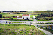 Nederland, Groede, Zeeland, 5-9-2019In de duinen langs de Noordzee in Zeeuws Vlaanderen. Het is naseizoen en daardoor zijn er veel toeristen, vooral uit duitsland . Foto: Flip Franssen