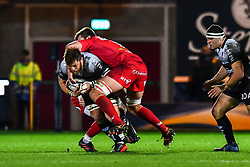 Toulon's Duane Vermeulen is tackled by Scarlets' David Bulbring<br /> <br /> Photographer Craig Thomas/Replay Images<br /> <br /> European Rugby Champions Cup Round 5 - Scarlets v Toulon - Saturday 20th January 2018 - Parc Y Scarlets - Llanelli<br /> <br /> World Copyright © Replay Images . All rights reserved. info@replayimages.co.uk - http://replayimages.co.uk