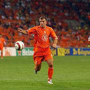 NLD/Eindhoven/20050907 - WK kwaificatiewedstrijd Nederland - Andorra, (10) Rafael van der Vaart