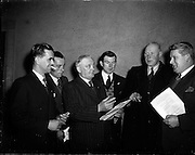 17/02/1953<br /> 02/17/1953<br /> 17 February 1953<br /> Fine Gael Ard Fheis at the Mansion House, Dublin. Some of the attendees.
