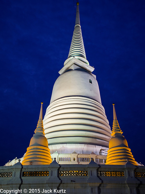 18 FEBRUARY 2015 - BANGKOK, THAILAND: The bell shaped stupa (chedi) at Wat Prayoon, a Buddhist temple south of the Kudeejeen neighborhood in Bangkok. The 186-year-old reliquary stupa known as the Phra Borommathat Maha Chedi was restored along with the adjacent Pharin Pariyattithammasala hall that now houses the Prayoon Bhandakharn Museum at the temple formally known as Wat Prayurawongsawas Worawihan. It won  a 2013 Asia-Pacific Heritage Award for Cultural Heritage Conservation from UNESCO.       PHOTO BY JACK KURTZ