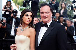 May 25, 2019 - Cannes, Alpes-Maritimes, Frankreich - Quentin Tarantino and wife Daniella Pick attending the closing night with the premiere of 'The Specials / Hors normes' premiere during the 72nd Cannes Film Festival at the Palais des Festivals on May 25, 2019 in Cannes, France (Credit Image: © Future-Image via ZUMA Press)