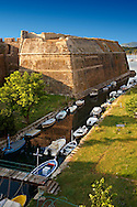 Moat of The old citadel [ ?????? ??????? ] Corfu City, Greek Ionian Islands .<br /> <br /> If you prefer to buy from our ALAMY PHOTO LIBRARY  Collection visit : https://www.alamy.com/portfolio/paul-williams-funkystock/corfugreece.html <br /> <br /> Visit our GREECE PHOTO COLLECTIONS for more photos to download or buy as wall art prints https://funkystock.photoshelter.com/gallery-collection/Pictures-Images-of-Greece-Photos-of-Greek-Historic-Landmark-Sites/C0000w6e8OkknEb8