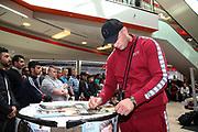 BOXEN: IBO-Weltmeisterschaft, Pressetraining, Hamburg, 03.07.2019<br /> EC Boxing: Michael Wallisch<br /> © Torsten Helmke
