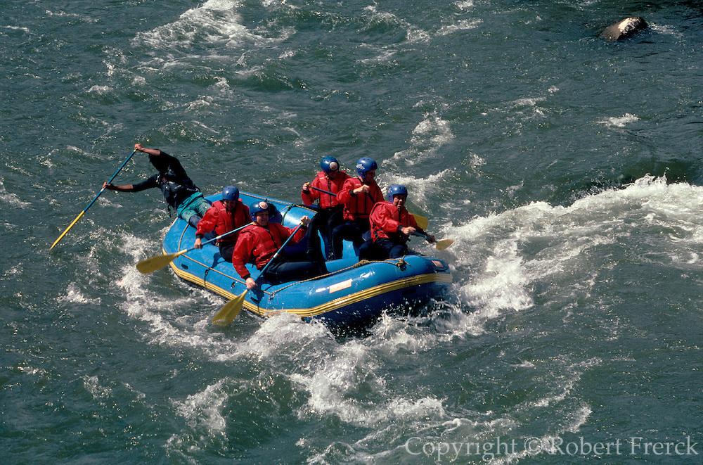PERU, ADVENTURE TRAVEL rafting the rapids of Urubamba River