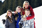 Fotosessie met de koninklijke familie in Lech /// Photoshoot with the Dutch royal family in Lech .<br /> <br /> Op de foto/ On the photo:  Koning Willem Alexander, Prinses Amalia, Prinses Alexia en Prinses Ariane ///// Queen Maxima,Princess Amalia, Princess Alexia and Princess Ariane