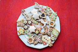 High angle view of gingerbread Christmas cookies in plate, Bavaria, Germany
